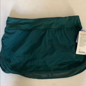 Lululemon skirt hottie hot hunter Green sz10